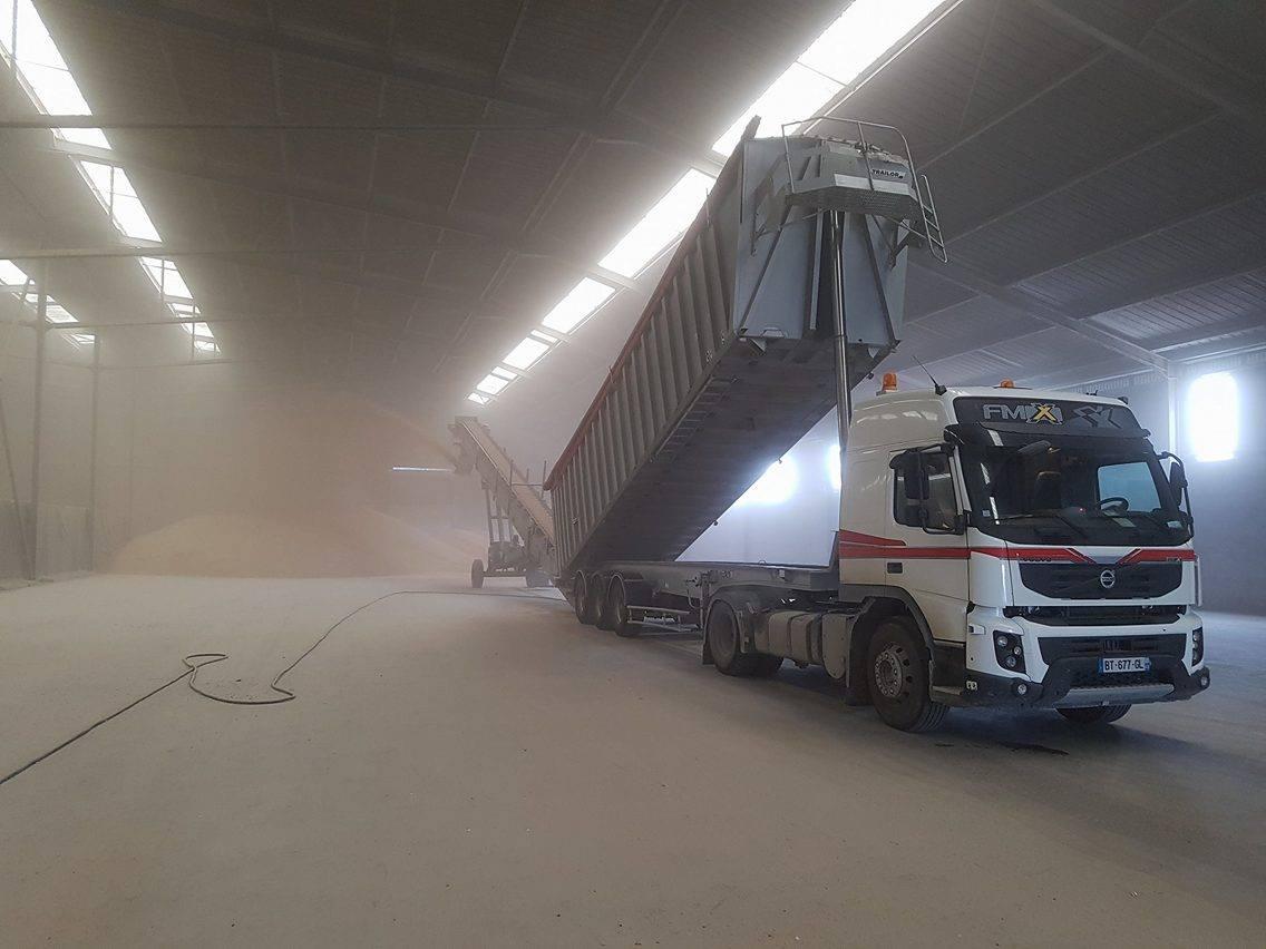 Transports Mercier SARL à Villeuneuve sur Conie, Loiret